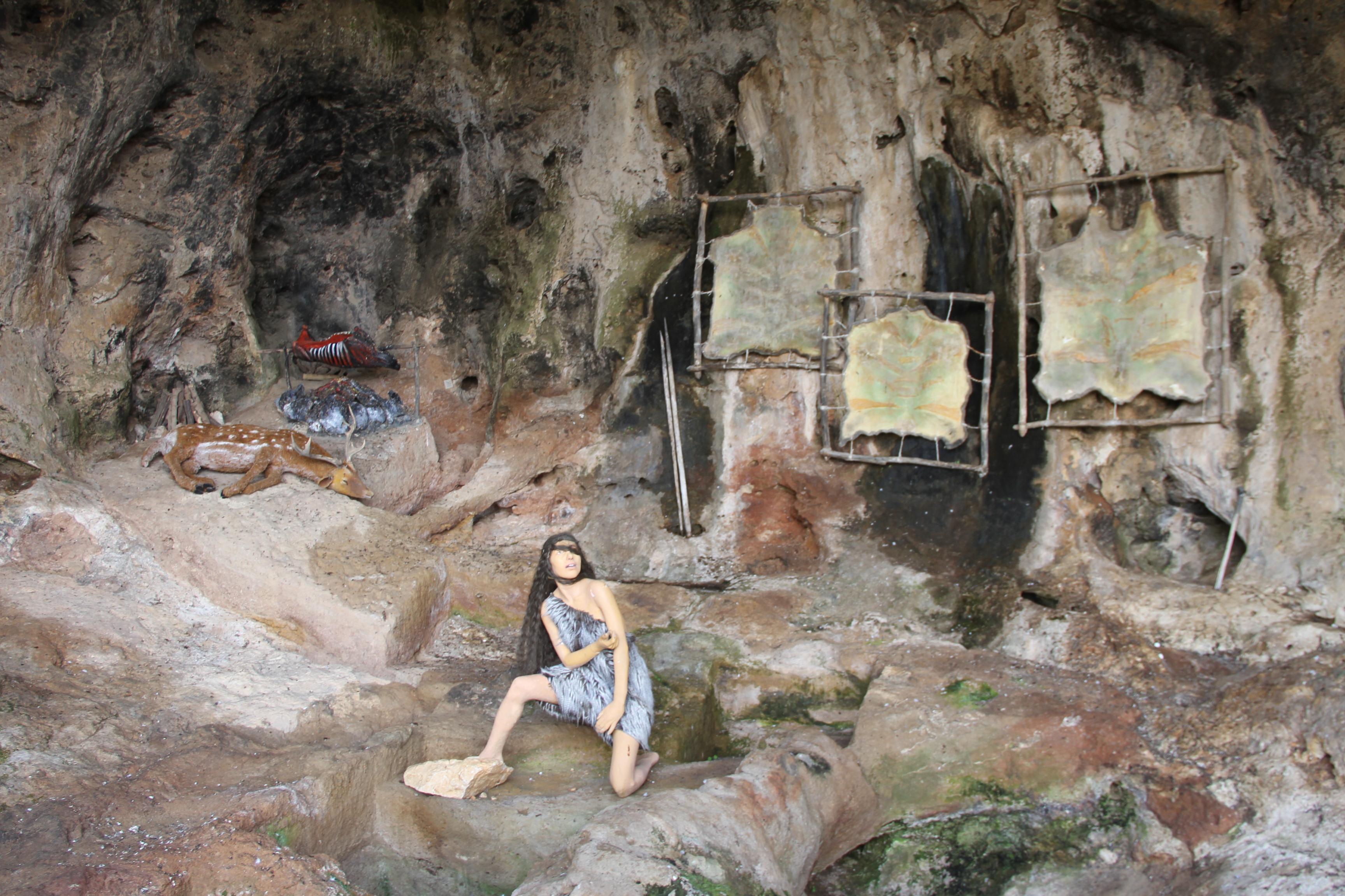 Пещера Джамаль. Реконструкция «древнего человека»