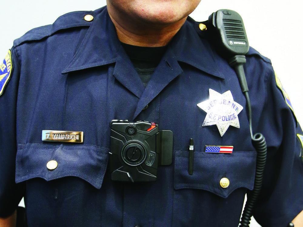 Нагрудным видеорегистратором оснащён каждый линейный сотрудник департамента полиции Сан-Франциско