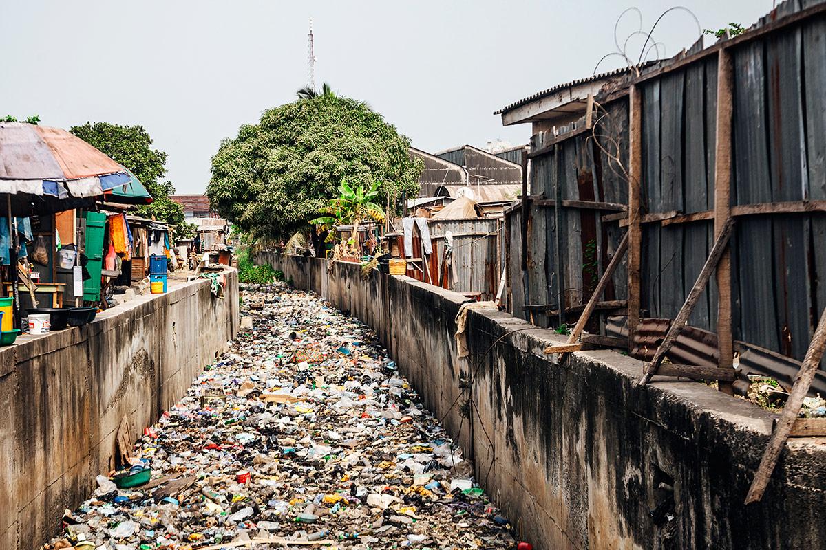 Slum streets, lots of garbage. Lagos, Nigeria.