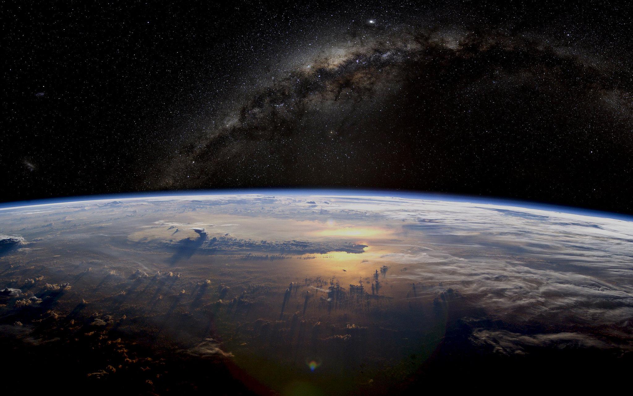 Если бы работы по орбитальной дозаправке небыли свёрнуты, освоение космоса могло бы идти быстрее.