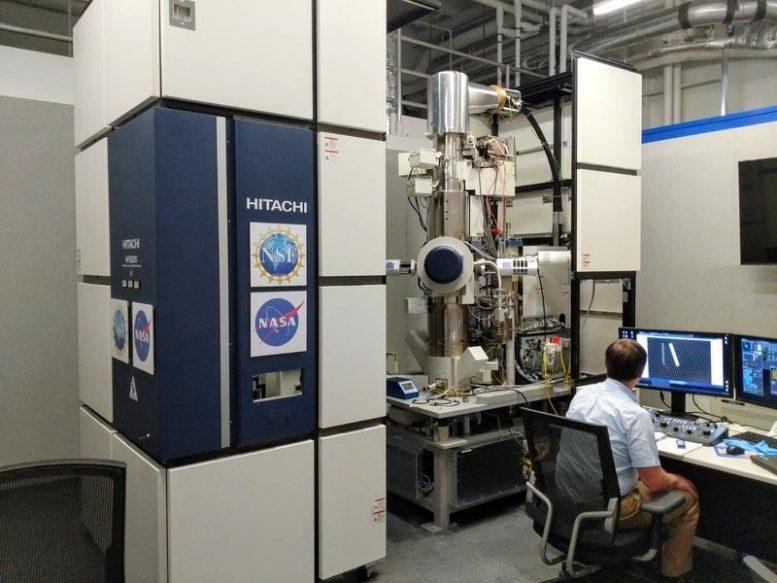 Микроскоп TEM.
