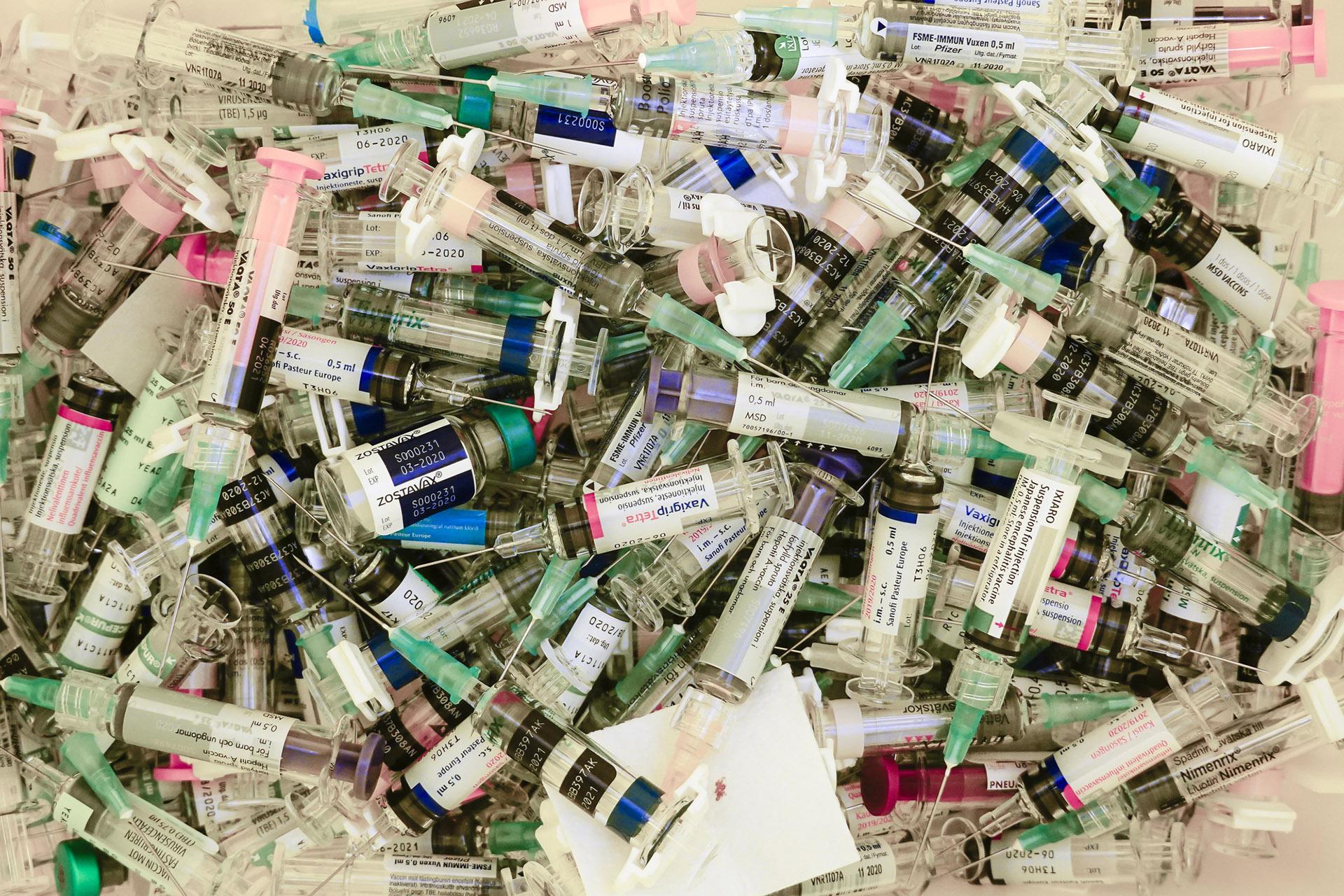 Немалая часть употребляемых людьми лекарств оказывается вотходах.