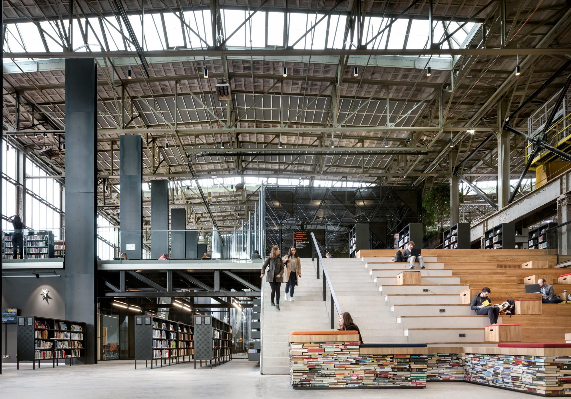 Постройка года— библиотека вНидерландах.