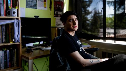 У ИИ возникают проблемы стем, чтобы отнести ккакой-то категории Ос Киз (Os Keyes), трансженщину.