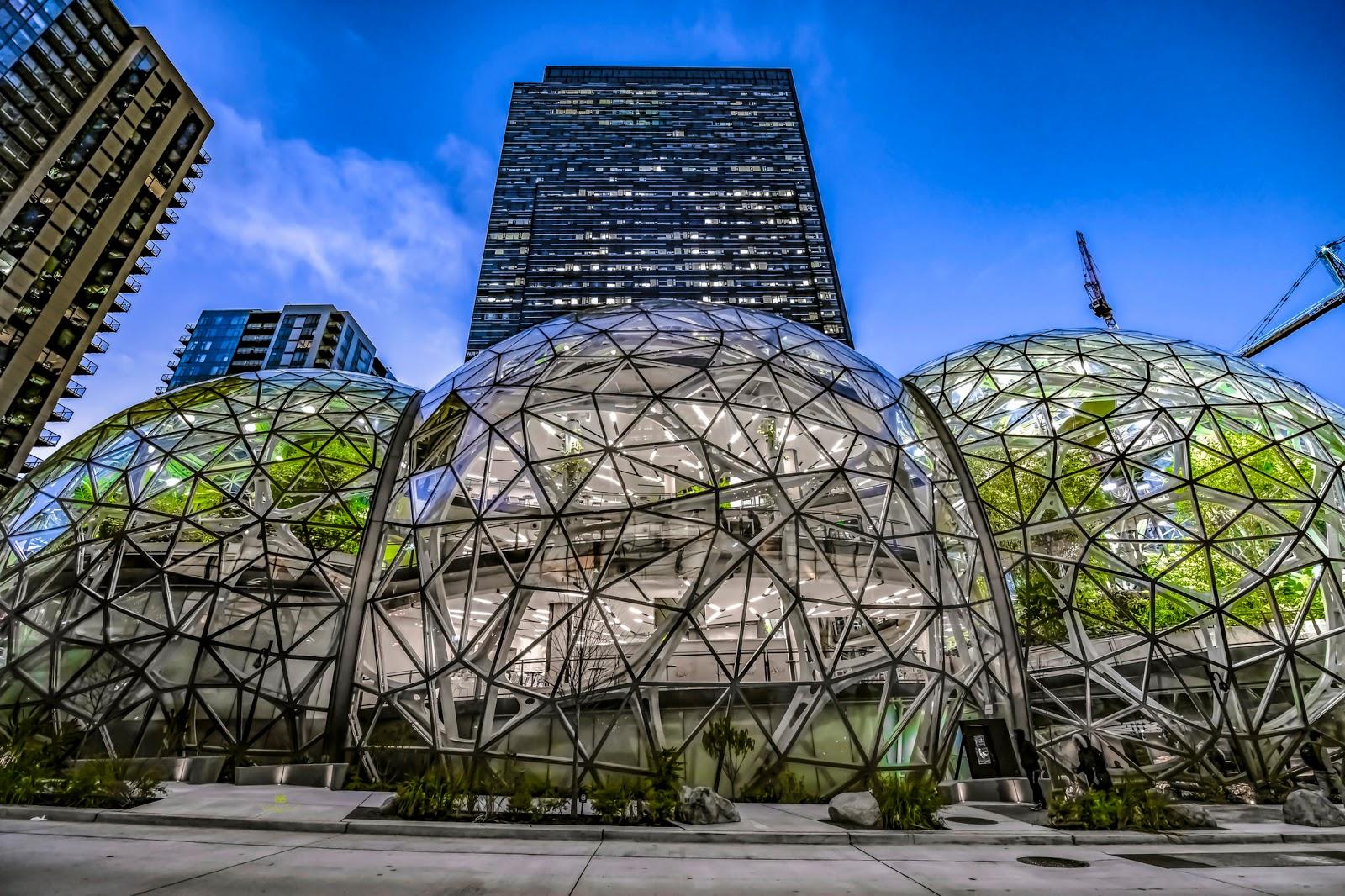 Офис <i>Amazon</i> вСиэтле, США.
