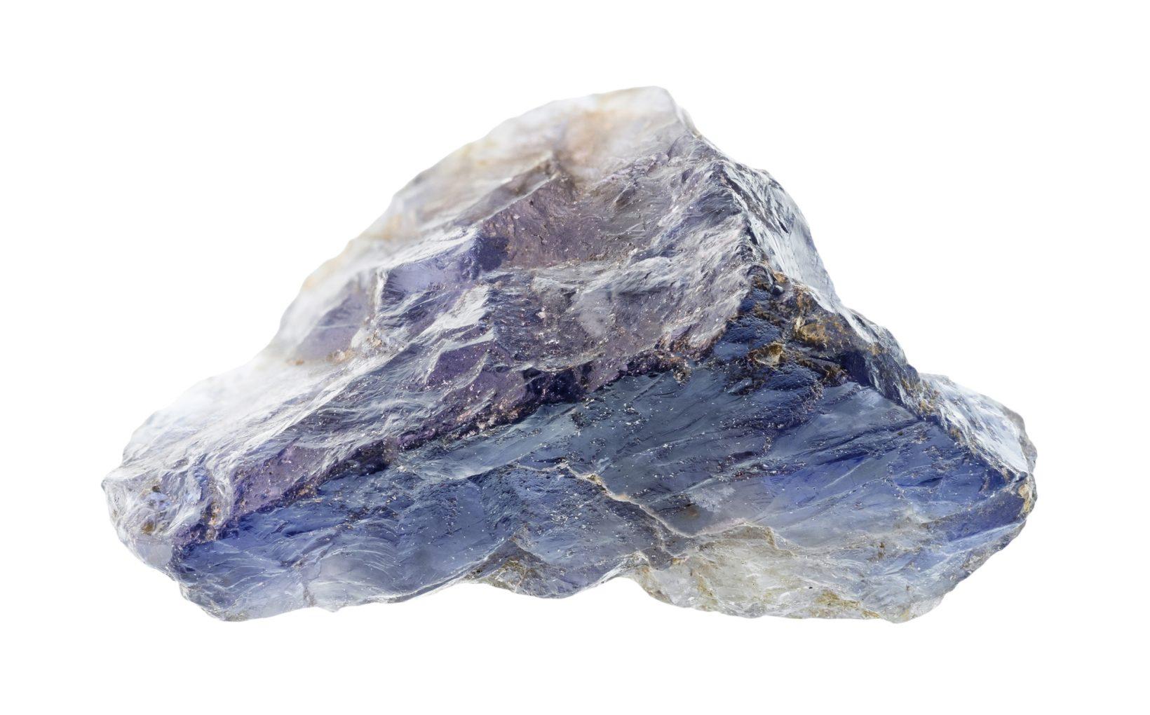 Кристалл кордиерита