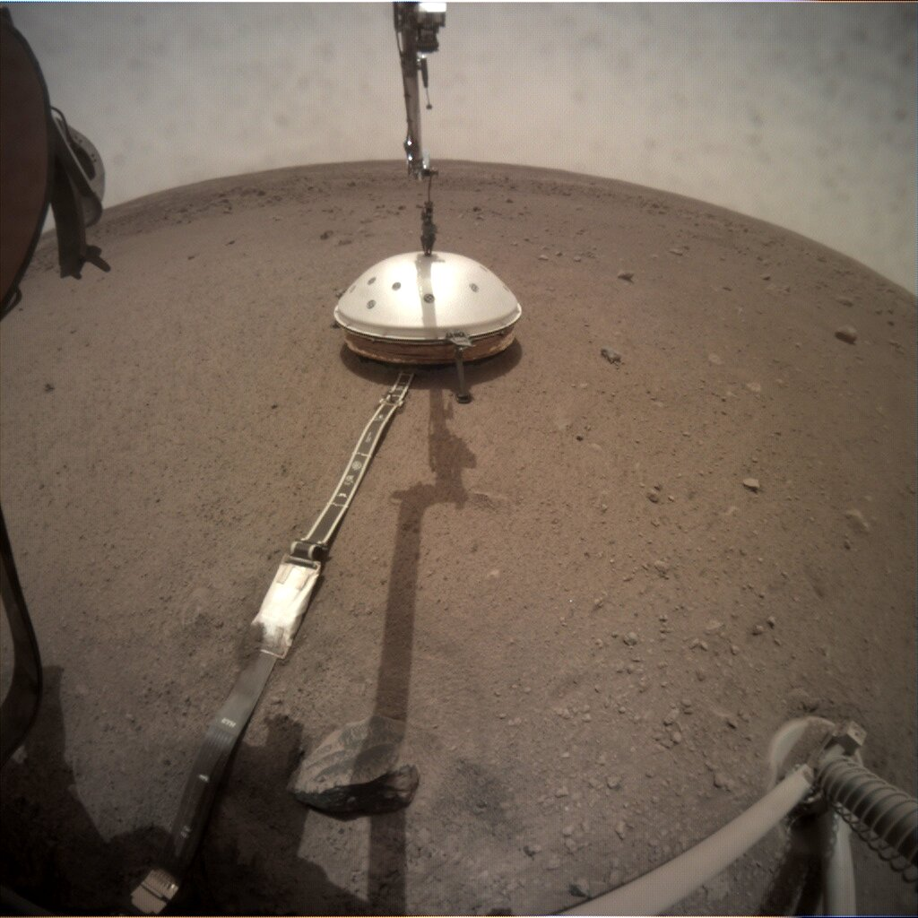 Deployment of Insight seismometer