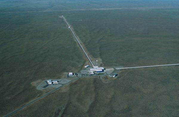 LIGO gravitational waves detector