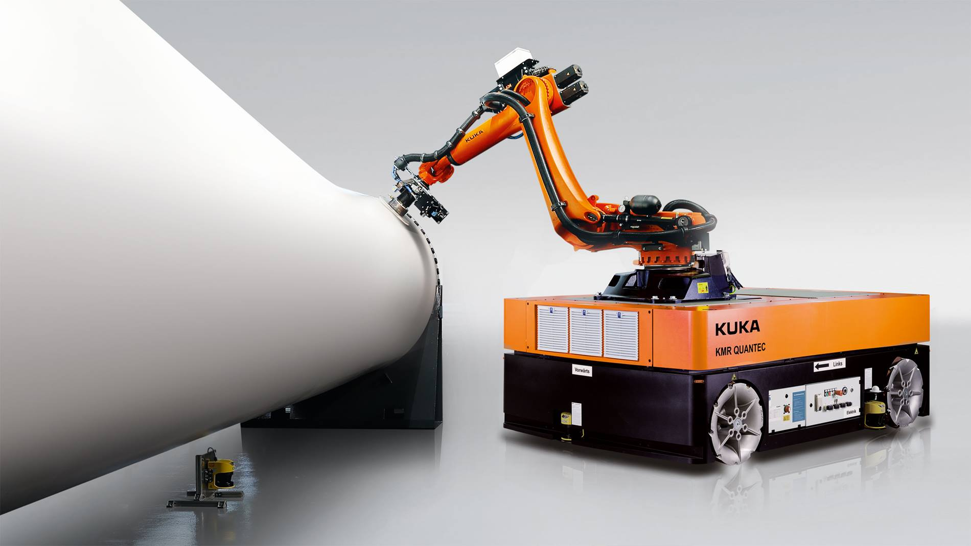 KMR QUANTEC— мобильная промышленная робототехническая система KUKA.