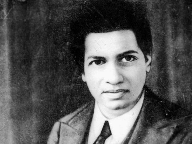 Сриниваса Рамануджан Айенгор (1887—1920), выдающийся индийский математик