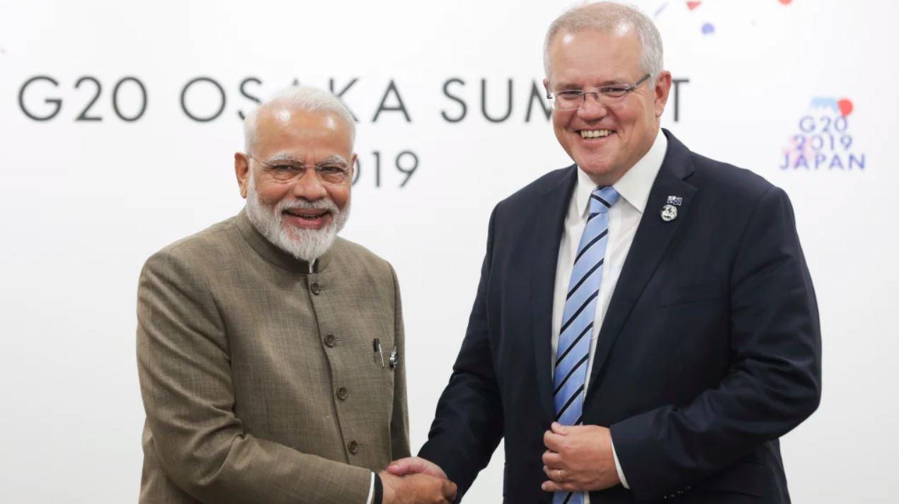 Премьер-министры Индии иАвстралии навстрече G20 вЯпонии в2019 году. Насаммите впервые был поднят вопрос орегулировании новостного контента всоцсетях. Поводом была ситуация сосвещением теракта вновозеландском Крайстчерче вмарте того же года.