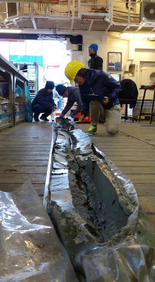 seafloor core sampling