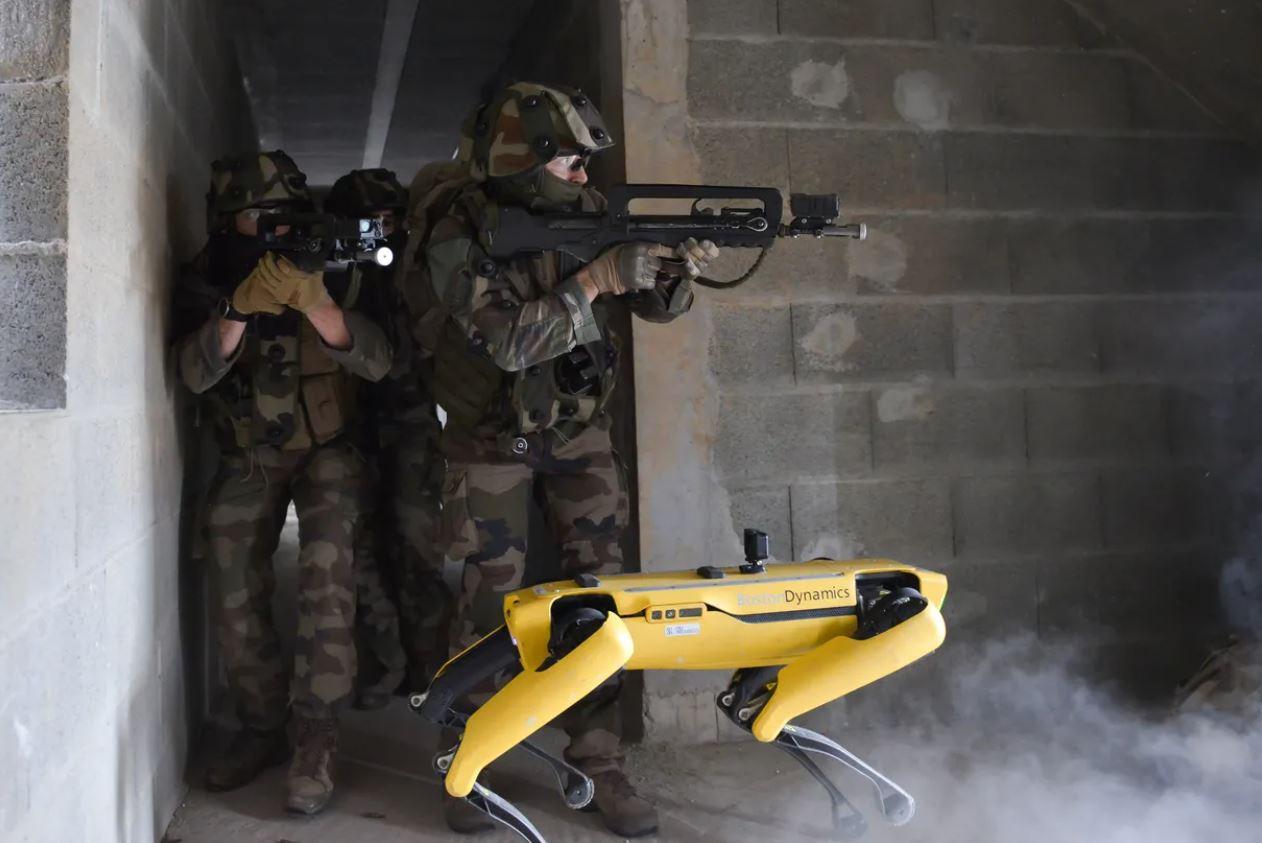 Робот Boston Dynamics для армии.