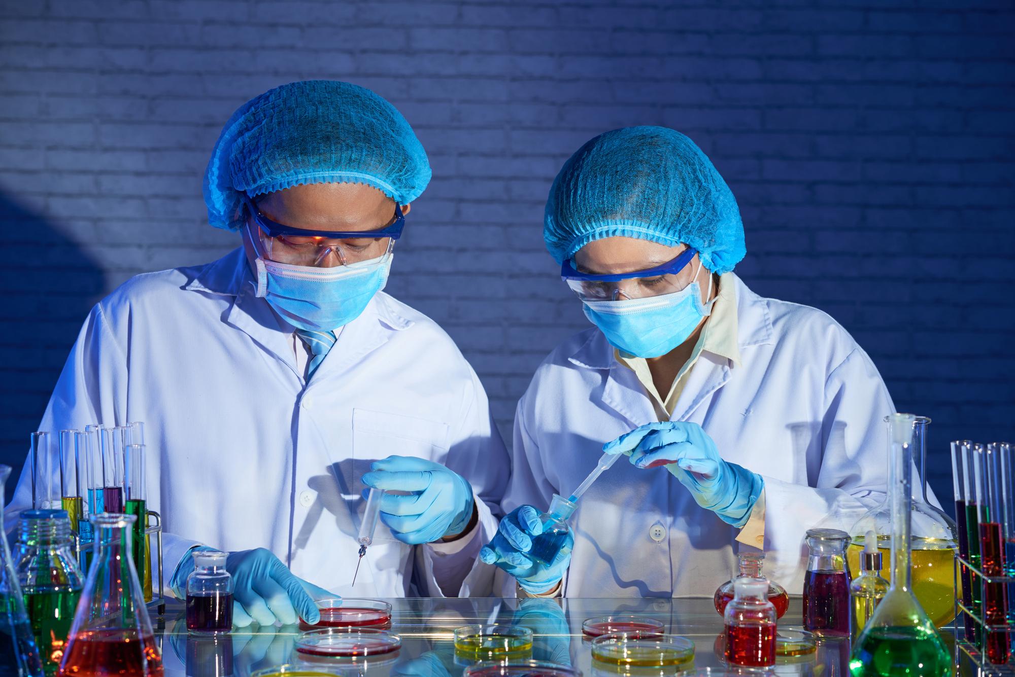 Эксперименты наклеточных культурах иживотных моделях показали, что метформин подавляет репликацию вируса иммунодефицита человека.