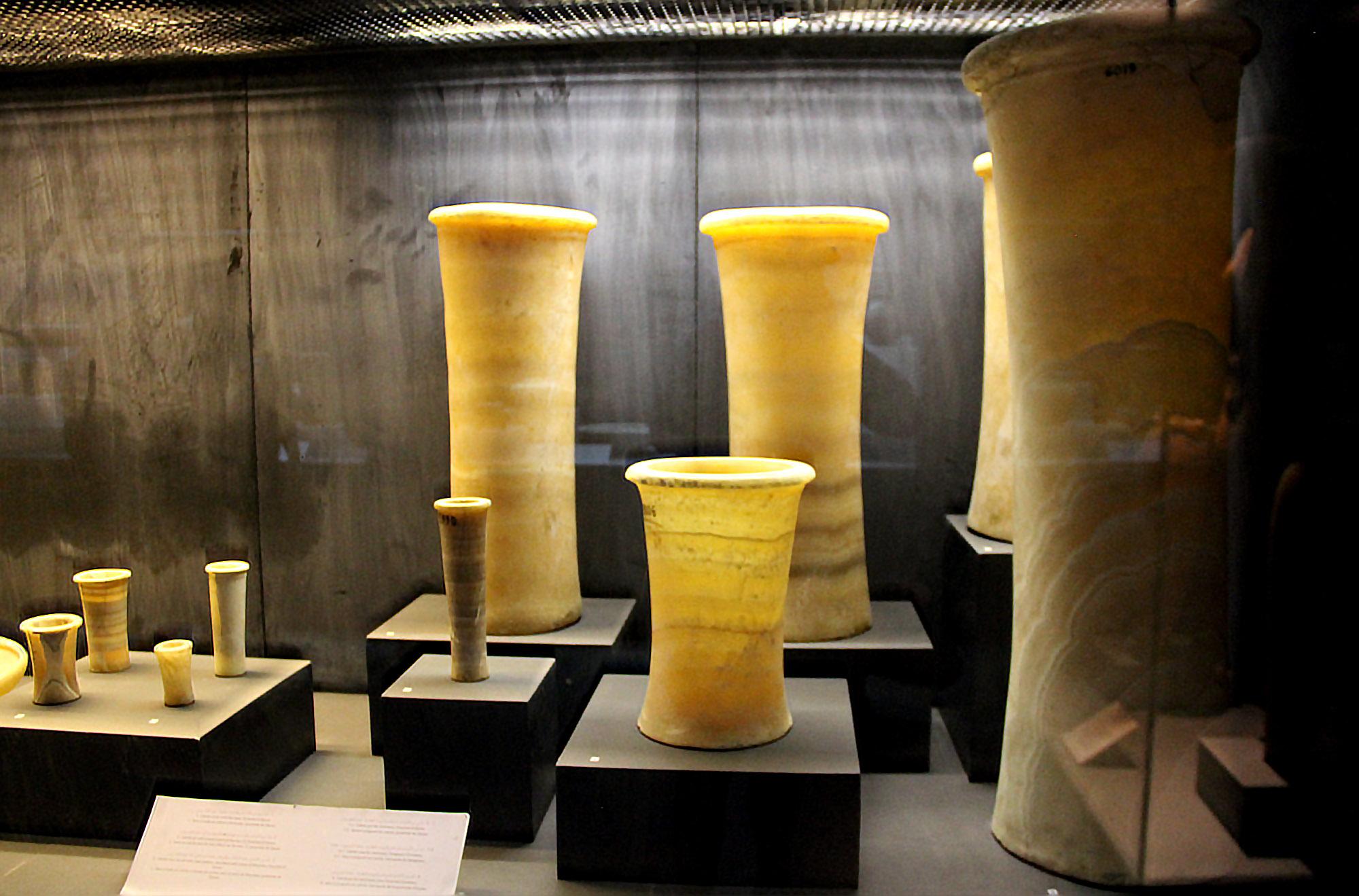 Кальцитовые (алебастровые) вазы, музей Имхотепа