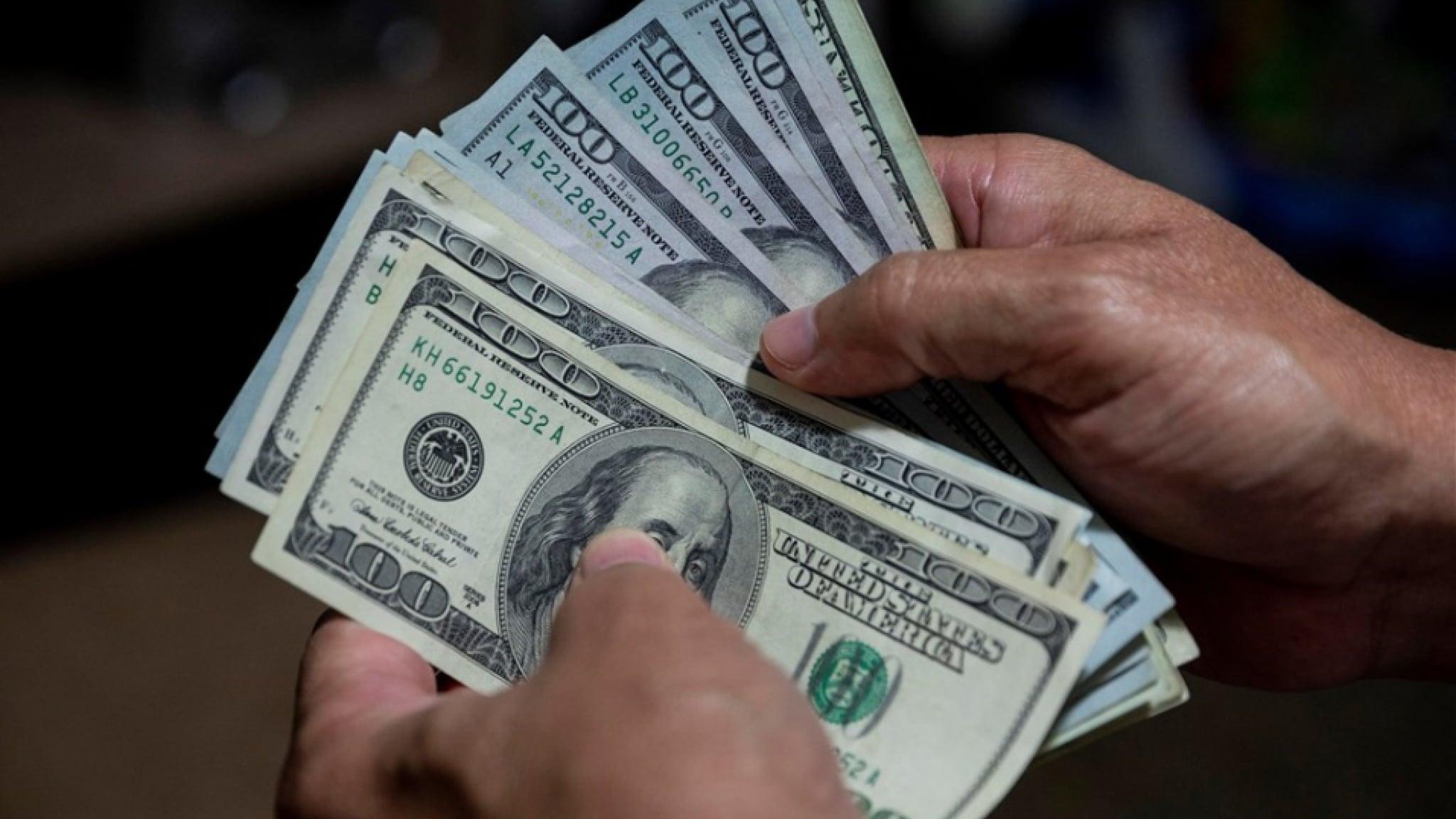 Идея безусловного базового дохода давно обсуждается политиками ипублицистами по всему миру.